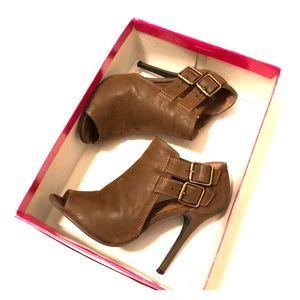 Shoes! Winter/Spring brown suede look 👀